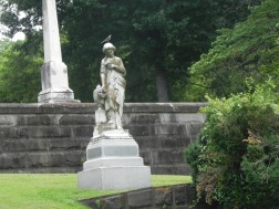 oak-hill-cemetery-femalestatue